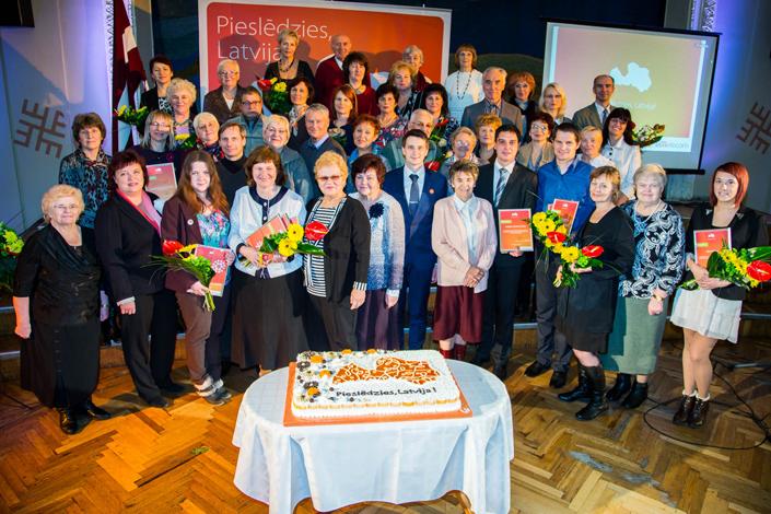 710 Kurzemes seniori šogad apguvuši datorprasmes projektā Pieslēdzies, Latvija!