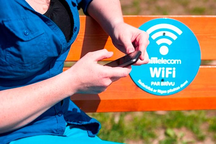 Aptauja: sabiedriskās vietās joprojām visvairāk iecienīts bezmaksas WiFi