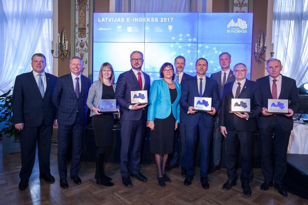 Latvijas e-indekss: pašvaldības stiprina digitālo drošību, valsts iestādes – elektronisko dokumentu apriti